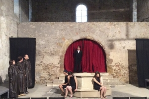 Théâtre - 2015 - Antigone
